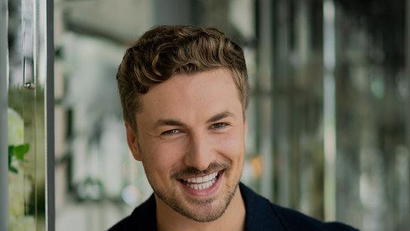Nicolas Puschmann ist der erste Prince Charming. Prince Charming ist ein neues Gay-Dayting-Format, das am 30. Oktober 2019 zum ersten Mal ausgestrahlt wurde.