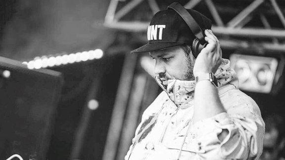 DJ Nick D-Lite
