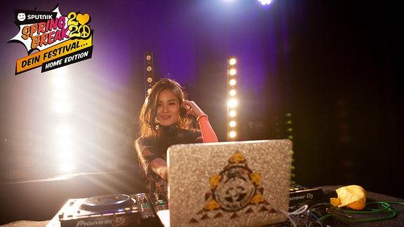 DJane Kim Noble hat für euch ein mega Set zum SPUTNIK SPRING BREAK 2020 im SPUTNIK Studio aufgelegt!