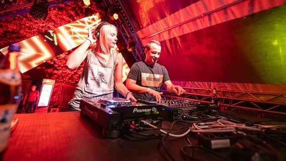Das DJ-Duo Soundgeknister.