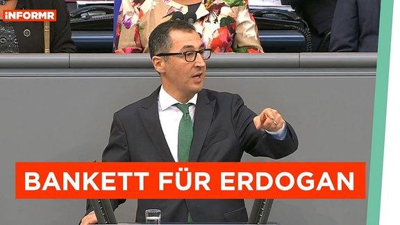 Cem Oezdemir am Rednerpult des Bundestages