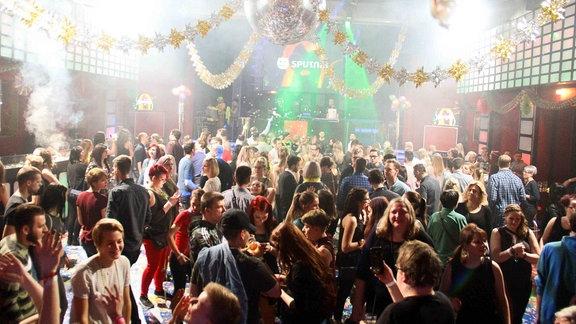 Tanzfläche der SPUTNIK Silvester Schorre in Halle