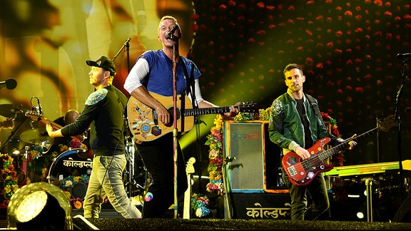 Coldplay performen im Rose Bowl, Pasadena (Kalifornien/USA)