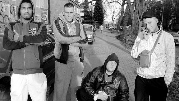 Die Mitglieder von 187 Straßenbande in einer Straße