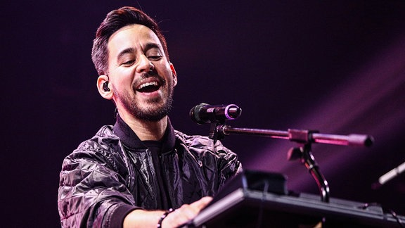 Mike Shinoda (Linkin Park) @iHeart Radio Theater, L.A.
