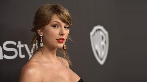 Taylor Swift @2019 Golden Globe Awards (2019)