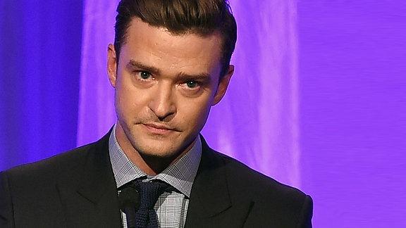 Justin Timberlake (Hotel in Berverly Hills, 2016)