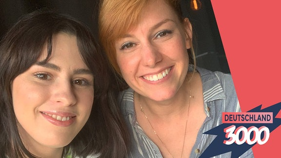 Salwa Houmsi und Eva Schulz für den Podcast Deutschland3000.