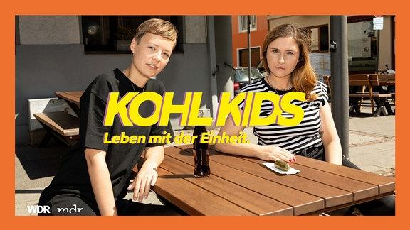 Friederike Schicht und Jule Wieler vom Podcast KOHL KIDS.