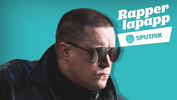 Rapper Morlockk Dilemma mit Sonnenbrille und Lederjacke