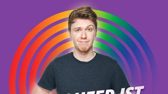 """Host Kai mit Text """"Wie queer ist der ESC?"""""""