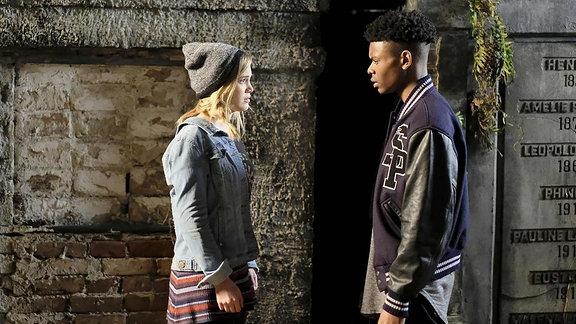 """Tandy Bowen (Olivia Holt) und Tyrone Johnson (Aubrey Joseph) in der Marvel-Serie """"Cloak & Dagger"""""""