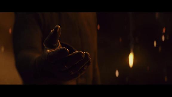Hand von Kylo Ren