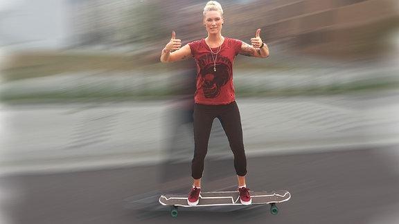 Vanessa auf dem Longboard - ein Test