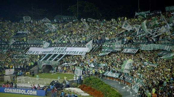 """Fußballstadion - Ausschnitt aus dem FIlm """"Nossa Chape"""" (2018)"""