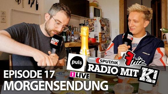 Steffen und Felix von Kraftklub frühstücken