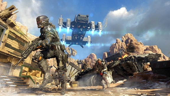 """Screenshot """"Call Of Duty: Infinite Warfare"""": ein Raumschiff schwebt über einer futuristisch anmutenden Kampfszene"""