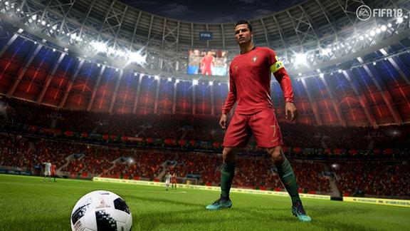 Christiano Ronaldo in rotem Trikot im Spiel FIFA18.