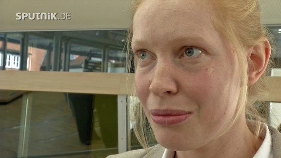 Die junge Landtagsabgeordnete Kristin Heiß (DIE LINKE)