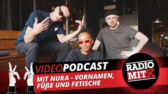 Felix Brummer und Steffen Israel von der Band Kraftklub und Nura von SXTN